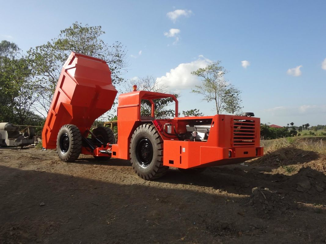 RT-20 Low Profile Dump Truck For Tunneling Rock Excavation With 10m3 Capacity